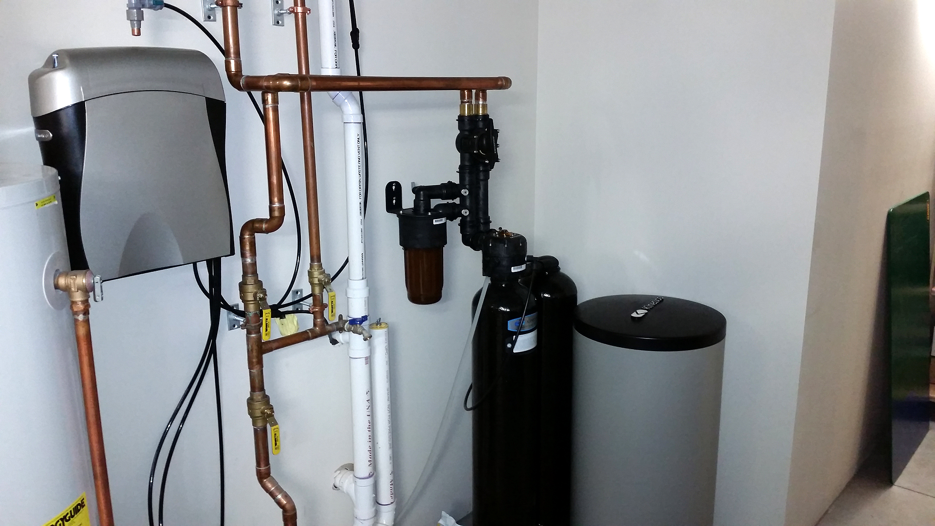 Kinetico S250 water softener and K5 drinking station installed in Bettendorf